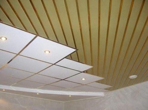 Комбинированный матовый потолок