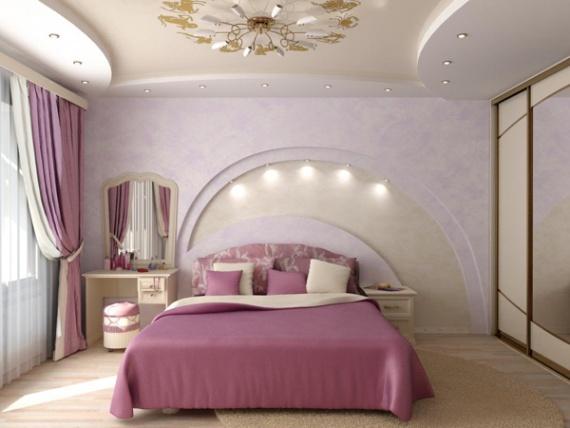 Арка над изголовьем кровати