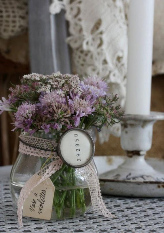 Стеклянная ваза украшена своими руками