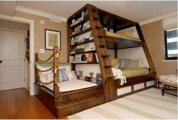 Красивая и функциональная кровать для детей