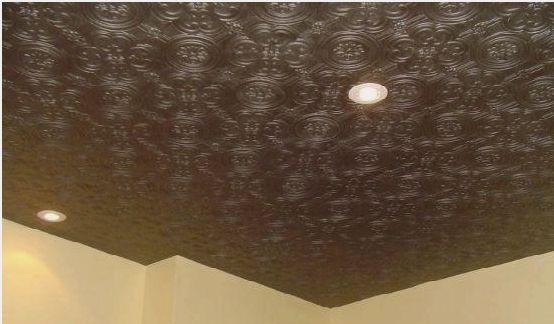 Рельефные панели темно-коричневого цвета