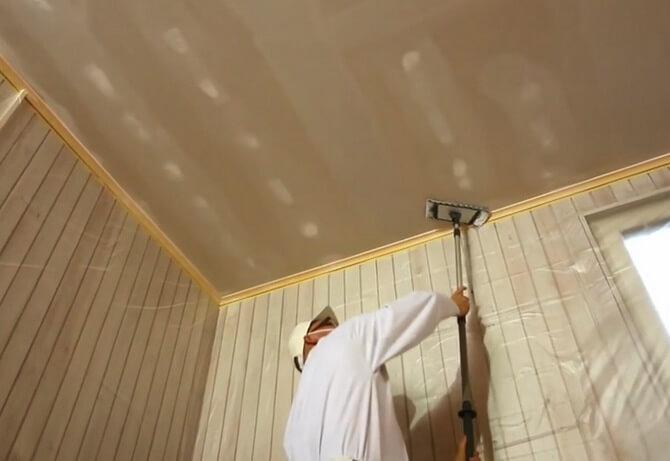 Как побелить потолок своими руками известью