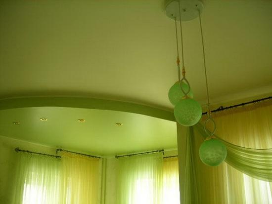 Яркий зеленый цвет