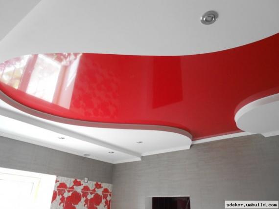 Красный с белым