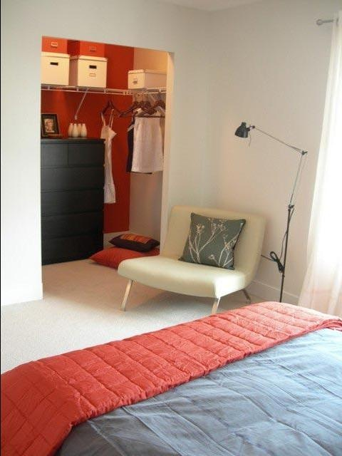 Стильная гардеробная комната