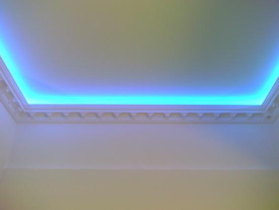 Для потолка с подсветкой