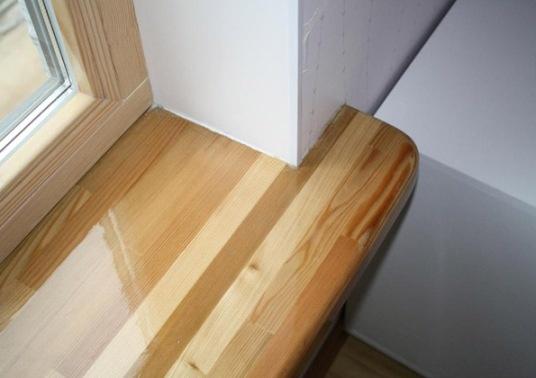 Деревянный лакированный подоконник