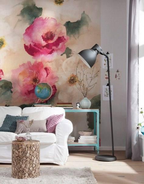 Большие цветы в стиле рисунка акварелью